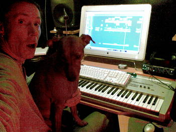 Vanda is helping me get the chords right..extremly bored when her master is working..